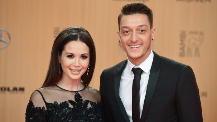 Capristo and Mesuz Özil were a couple from 2012 to 2014 and made an (unsuccessful) love comeback in 2015