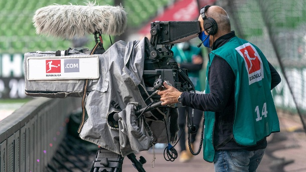 TV highlight: The Bundesliga recorded top ratings not only in Germany at the weekend's restart. (Source: imago images)