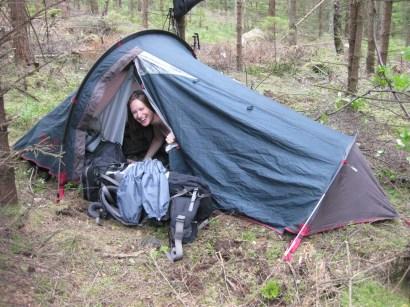 Nachtlager Nr. 1 Im Wald auf weichem Moos