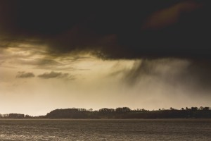 Regenschauer über der Schlei