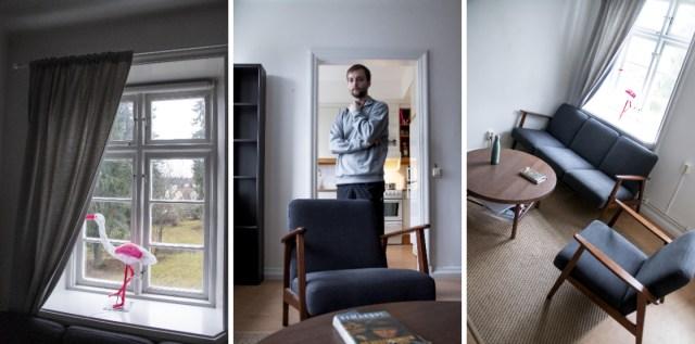 Soffgruppen i 50-talsstil köpte Jesper på Ikea. Flamingon i fönstret är en inflyttningspresent från hans kompisar.
