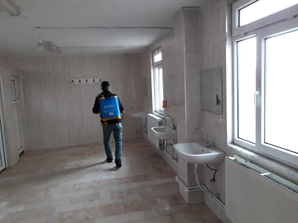 Dodurga'da camiler ve umuma açık alanlarda dezenfekte işlemi
