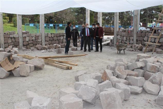 Ertuğrul Gazi Mescidi ile Dar-ül Kurra inşaatı son sürat devam ediyor