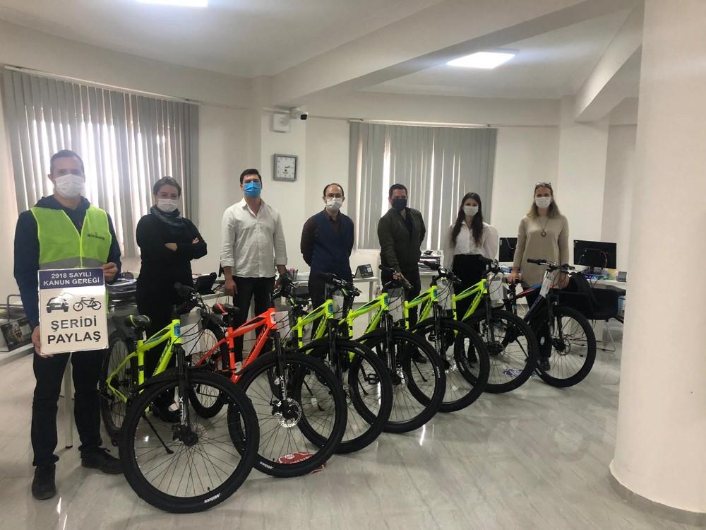 TBB tarafından Bilecik Belediyesi'ne 7 adet bisiklet hibe edildi