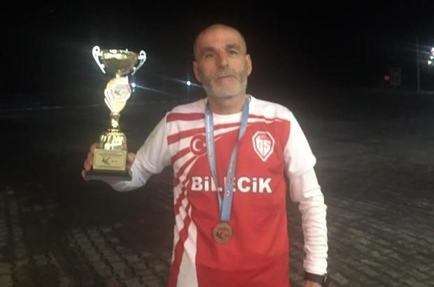 Başkan Şahin, Trabzon'dan madalya ile dönen Yıldırım'ı tebrik etti