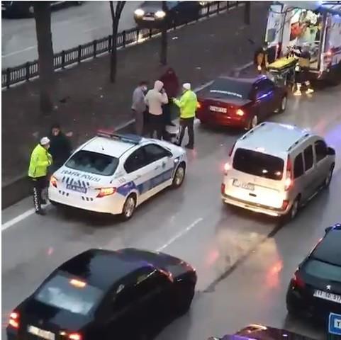 Otomobil ile motosiklet çarpıştı, 1 kişi yaralandı
