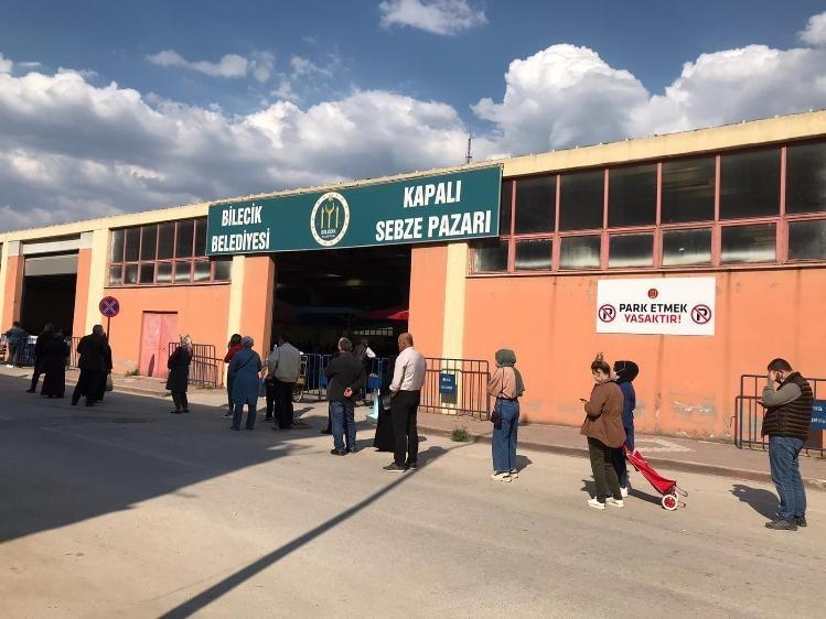 Kapalı pazar 17 günlük kısıtlama öncesi son kez kurulacak