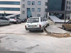 Hastanede araç park yeri sorunu
