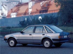 Klassisk start-80'er design - her i den fine Ghia-udgave med kromlister om ruderne