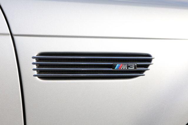 M3 logoer