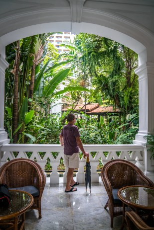 guillermo-muse-raffles-hotel-singapore