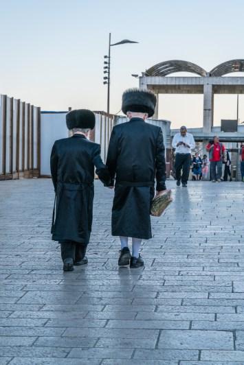 joining-hands-old-city-jerusalem