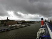 Find-en hvid Quest på havnen