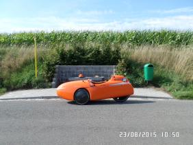 Strada-pauser-ved-busstop