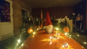 Strada med sin julepynt