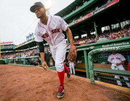 BOSTON, MA - JUNE 5: Xander Bogaerts #2 of the Boston Red Sox runs onto the field before a game against the Toronto Blue Jays on June 5, 2016 at Fenway Park in Boston, Massachusetts. (Photo by Billie Weiss/Boston Red Sox/Getty Images) *** Local Caption *** Xander Bogaerts