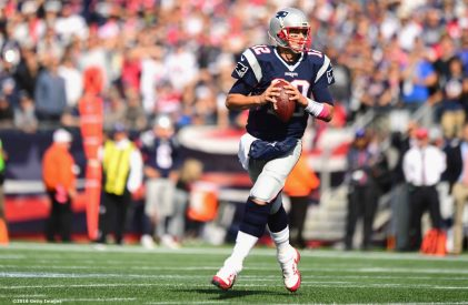 FOXBORO, MA - OCTOBER 16: Tom Brady #12 of the New England Patriots looks to throw during the first quarter of a game against the Cincinnati Bengals at Gillette Stadium on October 16, 2016 in Foxboro, Massachusetts. (Photo by Billie Weiss/Getty Images) *** Local Caption *** Tom Brady