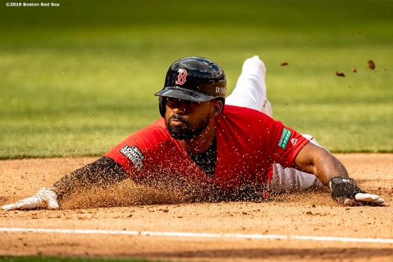 LONDON, ENGLAND - JUNE 30: Jackie Bradley Jr. #19 of the Boston Red Sox during the fifth inning of game two of the 2019 Major League Baseball London Series against the New York Yankees on June 30, 2019 at West Ham London Stadium in London, England. (Photo by Billie Weiss/Boston Red Sox/Getty Images) *** Local Caption *** Jackie Bradley Jr.