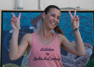 """""""Flavia Pennetta unveils her mural at the Indian Wells Tennis Garden in Indian Wells, California Tuesday, March 10, 2015."""""""