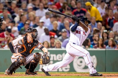 BOSTON, MA - JUNE 14: Jackie Bradley Jr. #25 of the Boston Red Sox hits a solo home run during the seventh inning of a game against the Baltimore Orioles on June 14, 2016 at Fenway Park in Boston, Massachusetts. (Photo by Billie Weiss/Boston Red Sox/Getty Images) *** Local Caption *** Jackie Bradley Jr.
