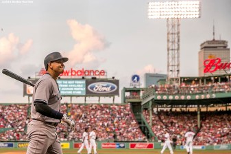 BOSTON, MA - AUGUST 11: Alex Rodriguez #13 of the New York Yankees warms up on deck during the second inning of a game against the Boston Red Sox on August 11, 2016 at Fenway Park in Boston, Massachusetts.(Photo by Billie Weiss/Boston Red Sox/Getty Images) *** Local Caption *** Alex Rodriguez