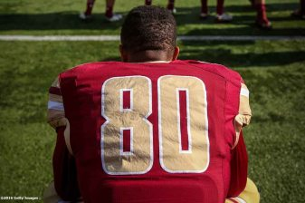 CHESTNUT HILL, MA - NOVEMBER 05: Drew Barksdale #80 Boston College looks on before a game against Louisville at Alumni Stadium on November 5, 2016 in Chestnut Hill, Massachusetts. (Photo by Billie Weiss/Getty Images) *** Local Caption *** Drew Barksdale