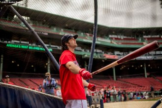 BOSTON, MA - MAY 24: Andrew Benintendi #16 of the Boston Red Sox takes batting practice before a game against the Texas Rangers on May 24, 2017 at Fenway Park in Boston, Massachusetts. (Photo by Billie Weiss/Boston Red Sox/Getty Images) *** Local Caption *** Andrew Benintendi