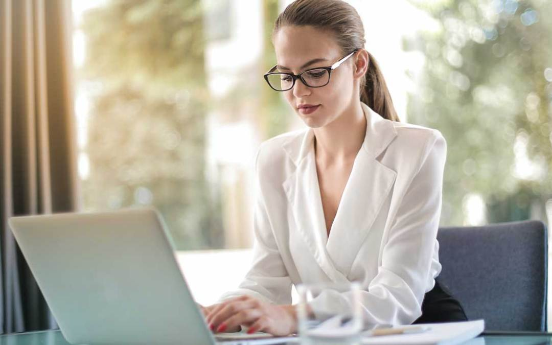 Why a Bill Paying Service Makes Sense for Busy Professionals