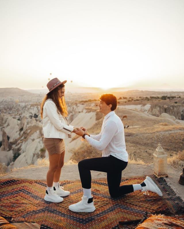 ebru sahine evlilik teklifi eden cedi osmanin 5 karatlik tektasa verdigi ucret belli oldu 1 prkzbipp