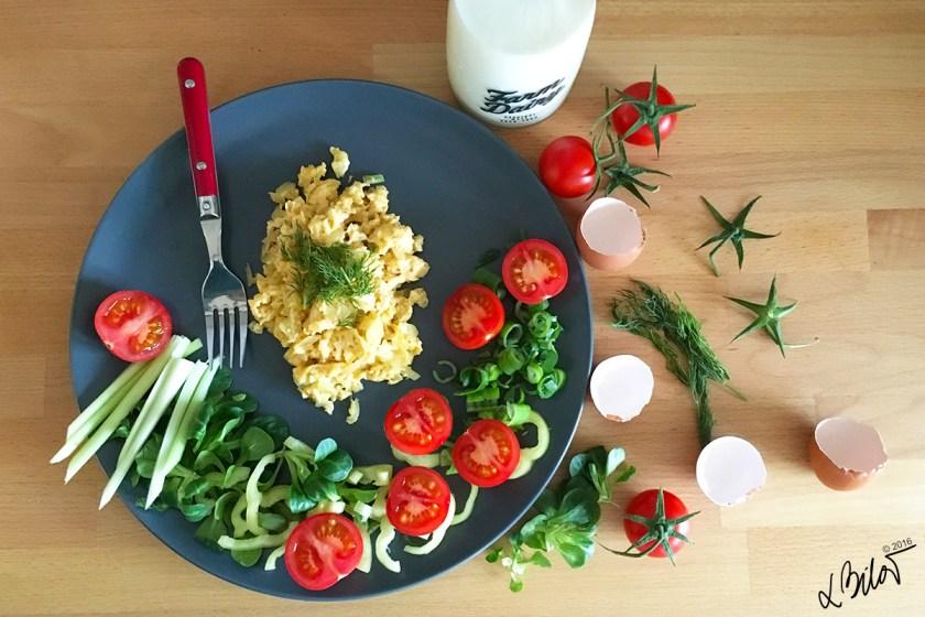 Egg_recipe_scrambled-eggs