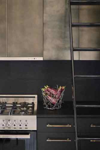 Black & Metal Contemporary Kitchen Cabinets
