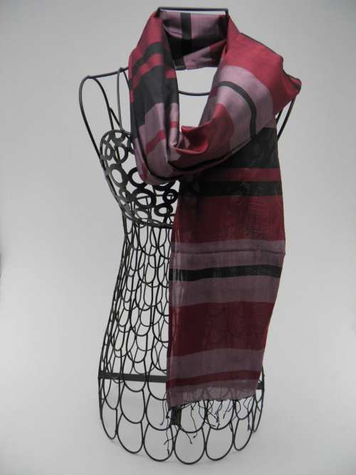 Burgundy Scarf – Black-Purple – Essential
