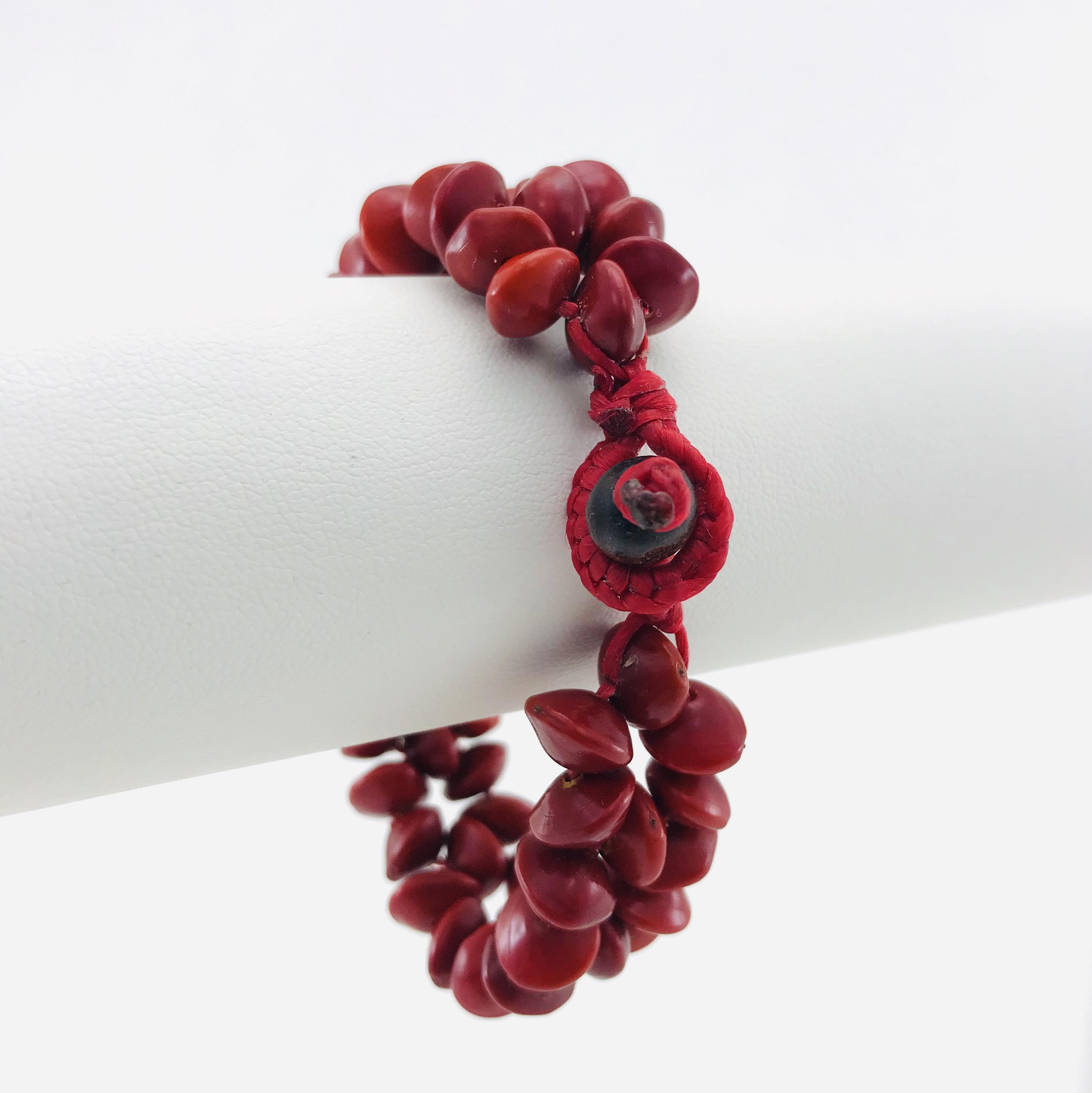 Le Fleur - Bracelet graines naturelles - Rouge - attache