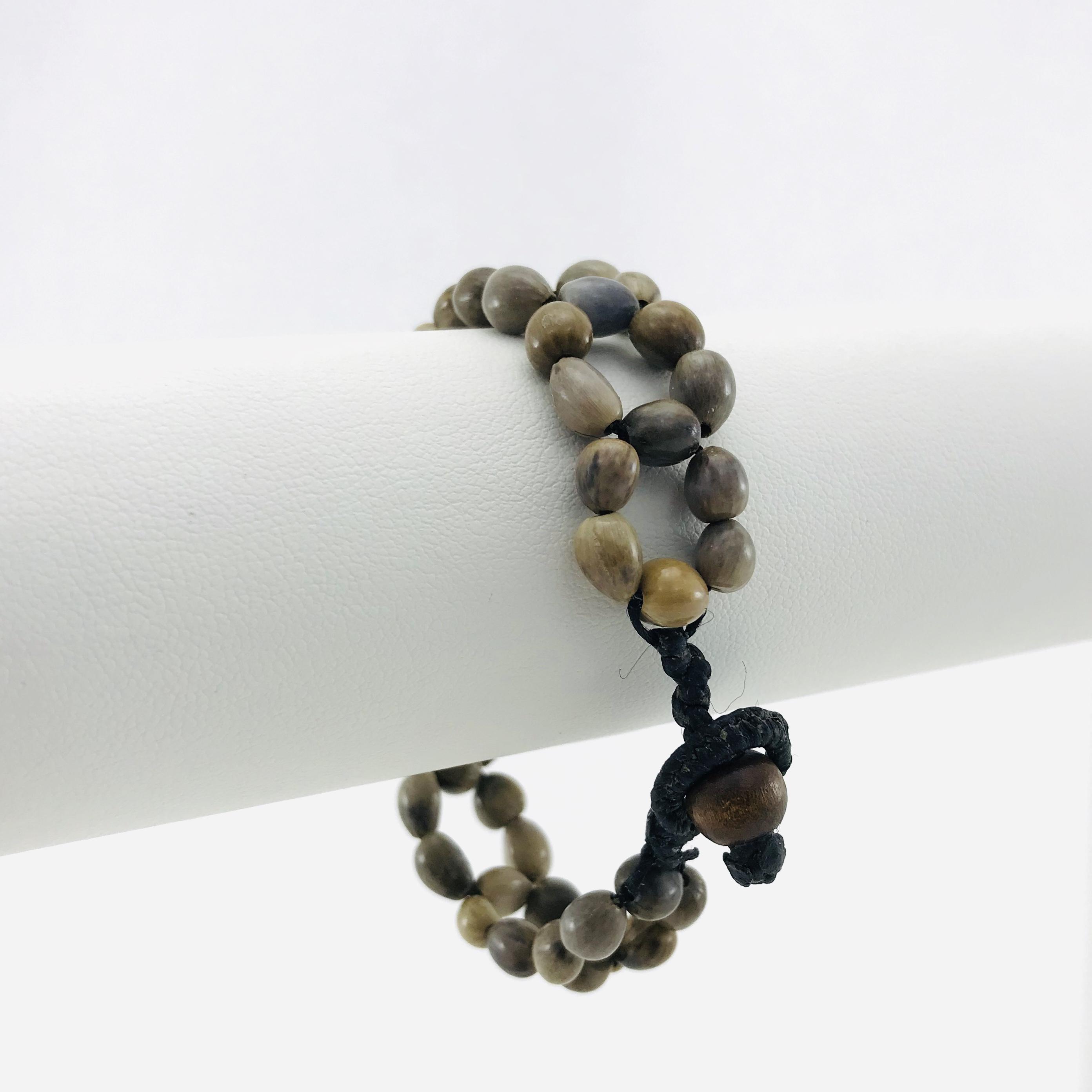 Le Fleur - Bracelet graines naturelles - Brun - attache