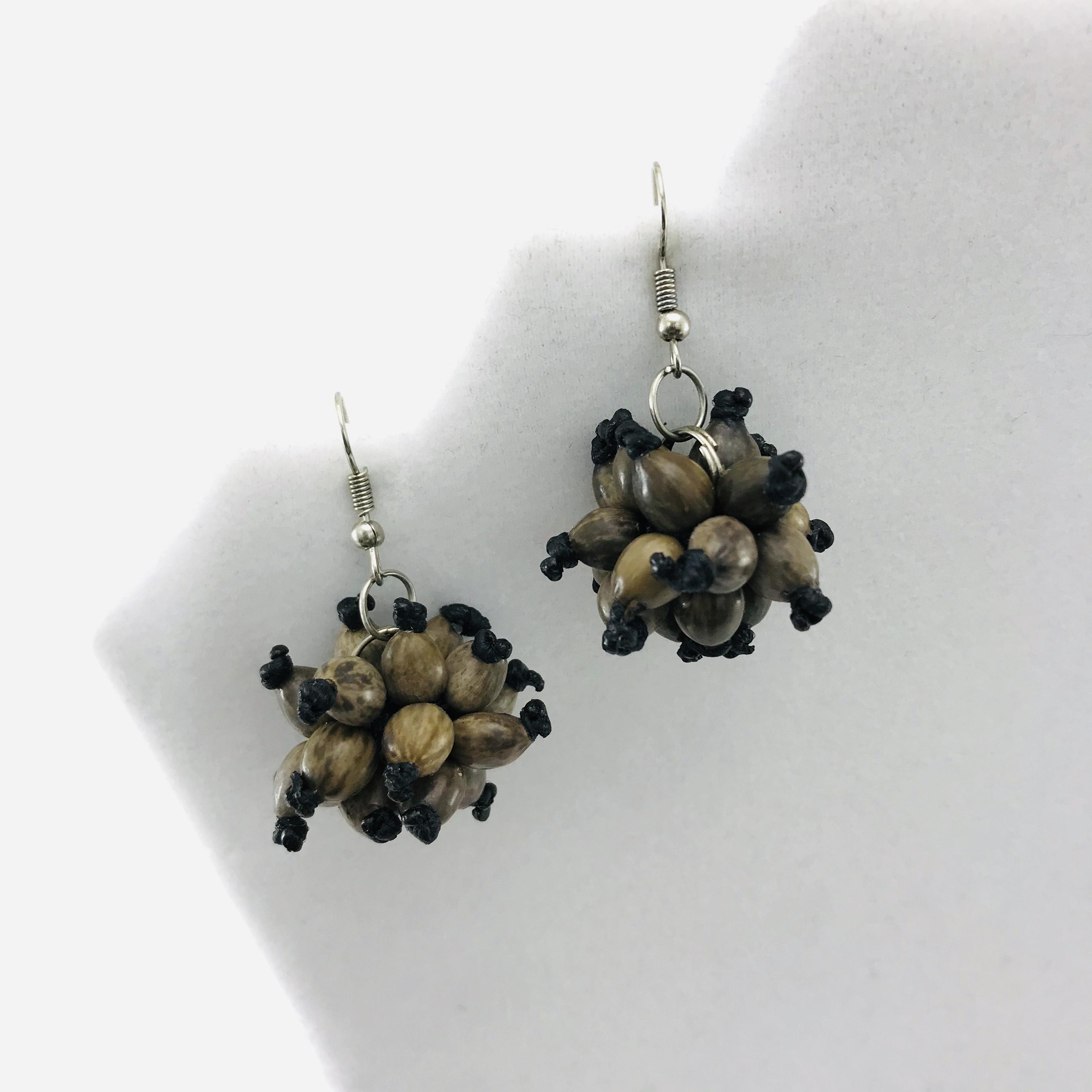 Les Boules - Boucles d'oreilles graines naturelles - Brun