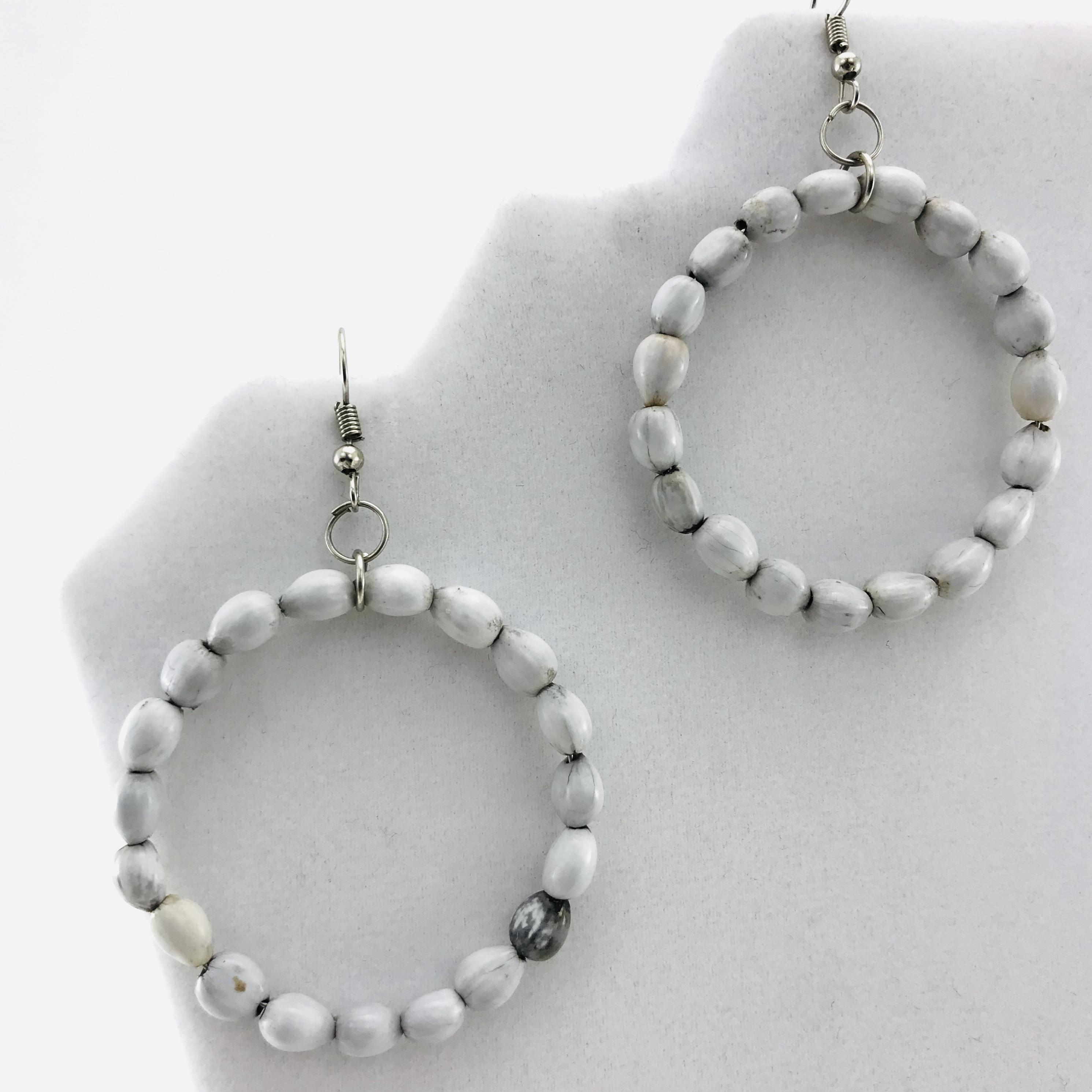 Les Boucles d'oreilles - Cercle - Blanc