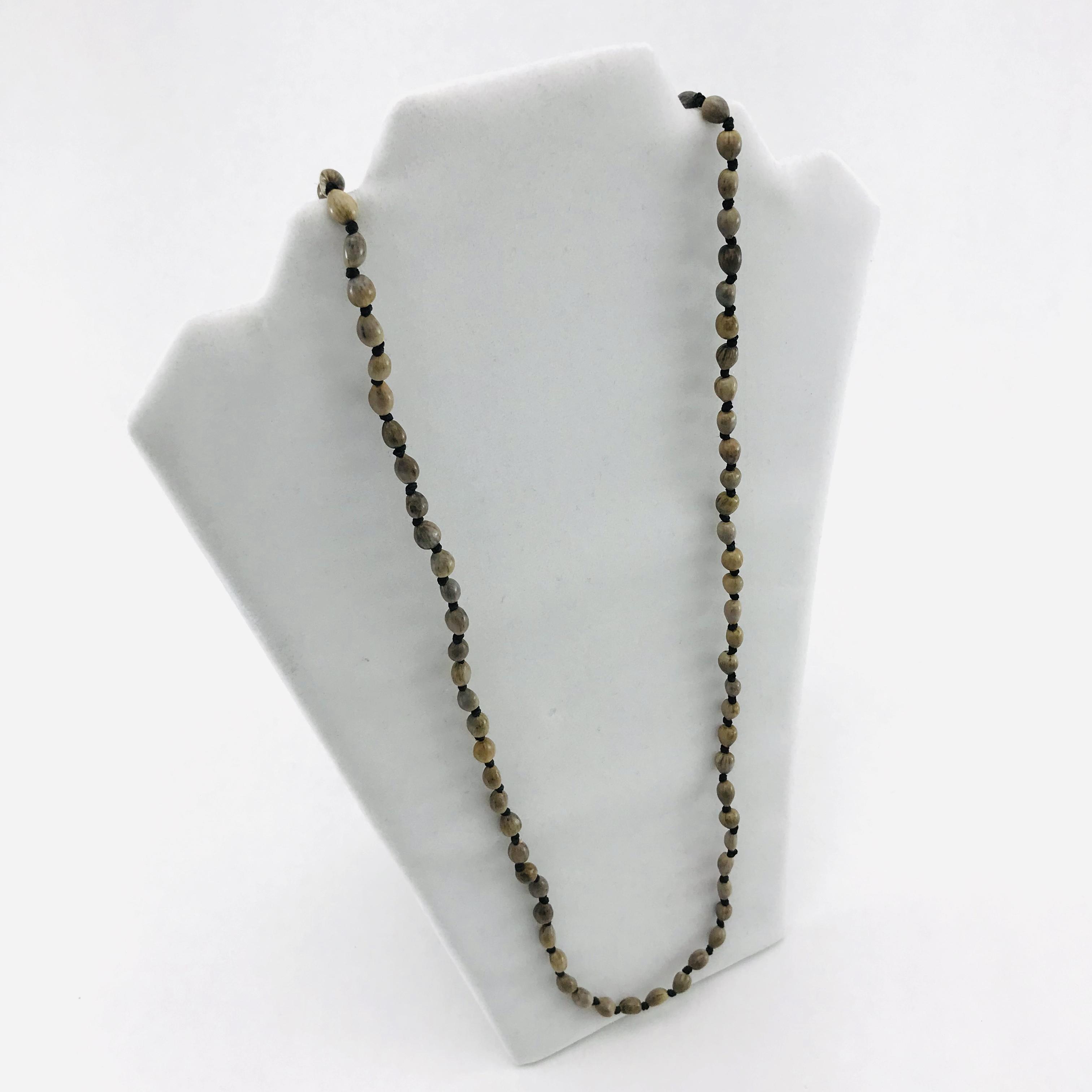 L'infini - Collier graines naturelles - 1 rang - Brun