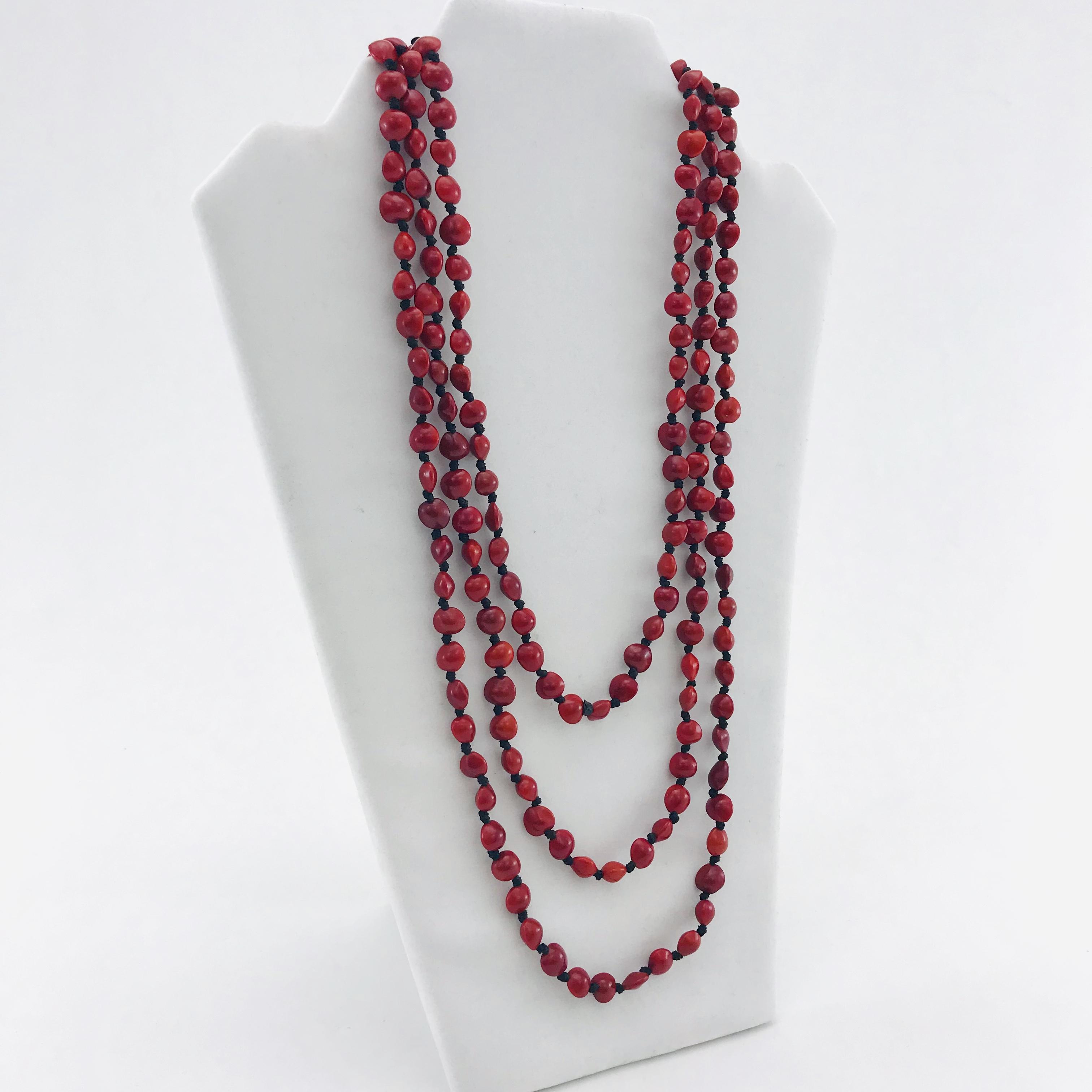 L'infini - Collier graines naturelles - 3 rangs - Rouge