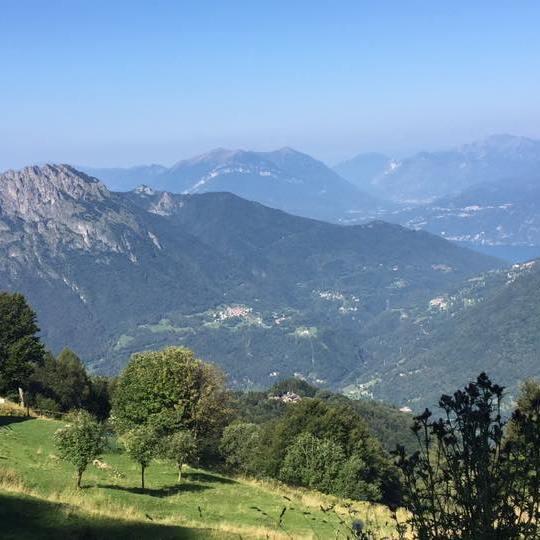Vista da Alpe Ortighera e Alpe Oro