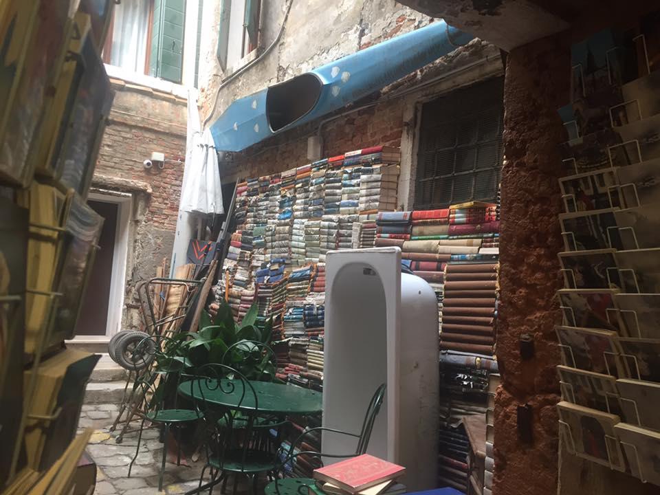 Libreriaa Acqua Alta a Venezia