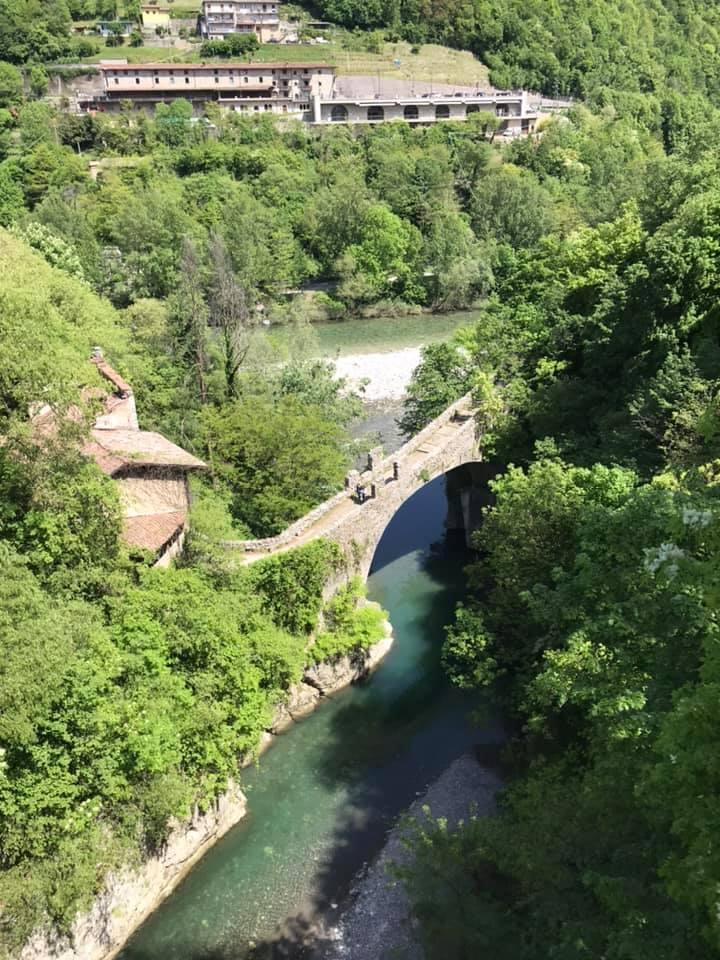 Ponte Attone