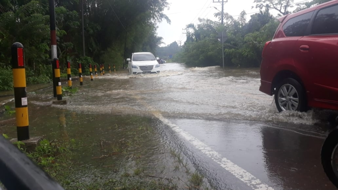 Banjir Landa Pulau Simeulu