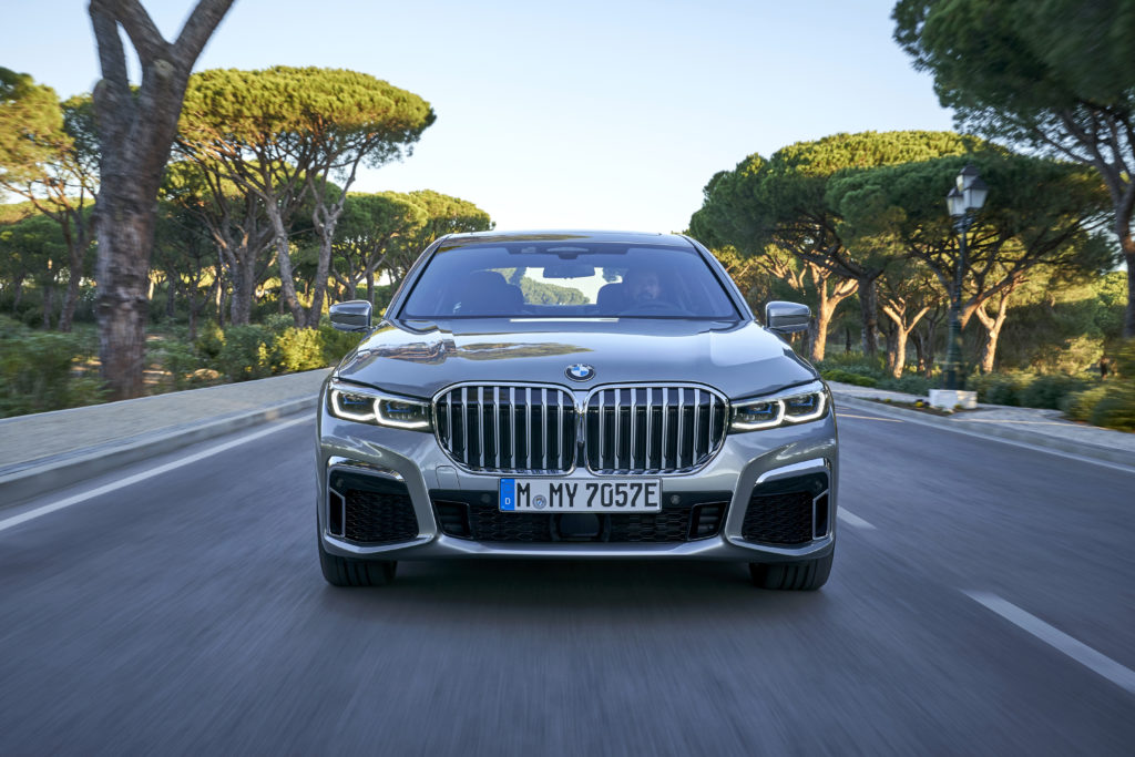 The Facelifted Bmw 7 Series And Its Giant Kidney Grilles Have Been