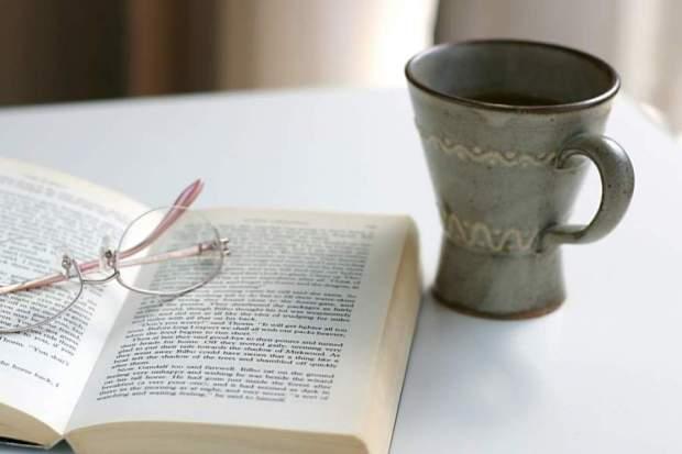 これで濃密な時間を!暇つぶしに最適な小説おすすめ7選!