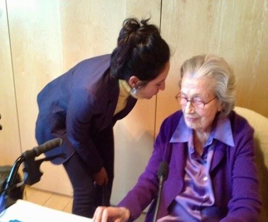 Phyllis Krystal Success Stories, Cutting the ties that bind