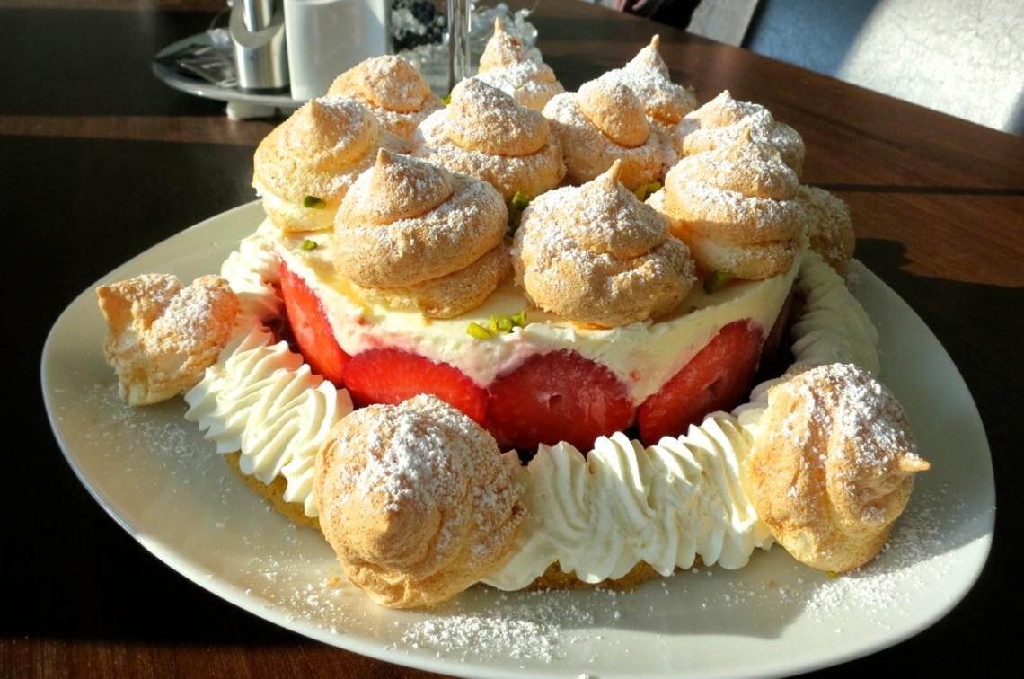 Mascarpone-Topfen-Erdbeertorte