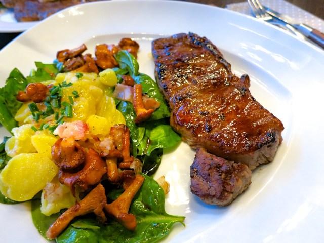 Steaks mit Salat und Eierschwammerl – 09