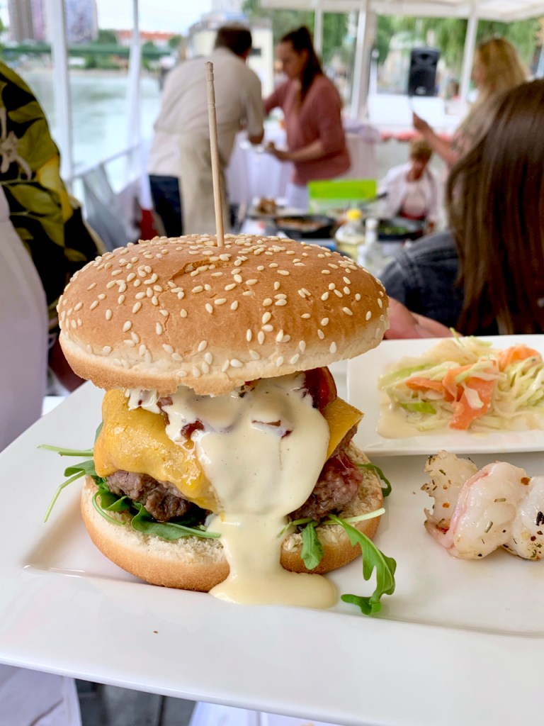 Burger Surf & Turf