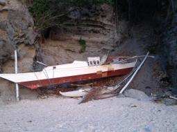 Boot auf Apo Island