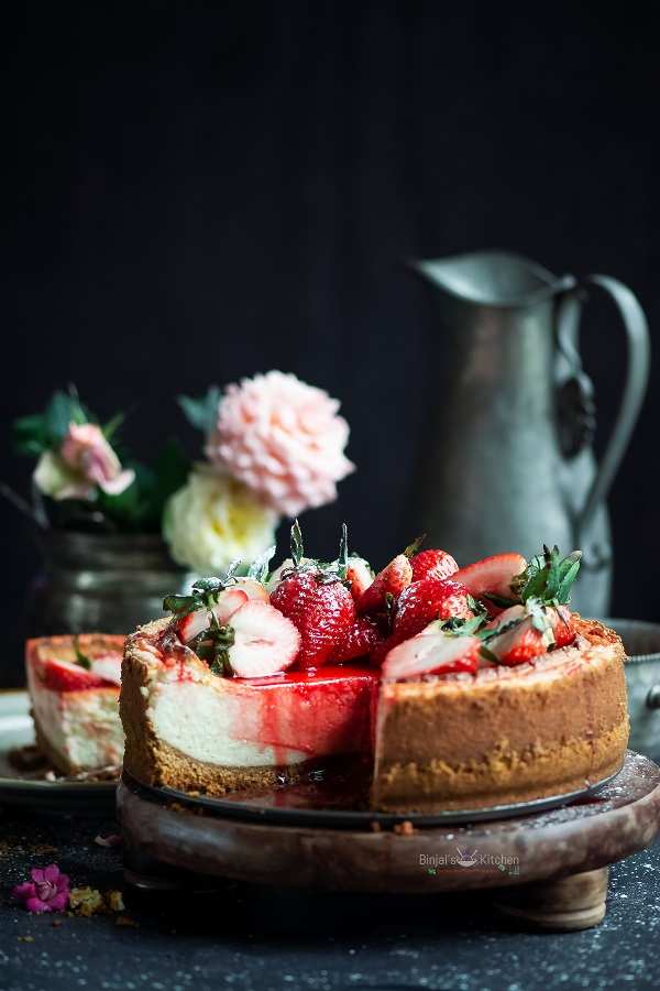 Eggless Classic Cheesecake with Strawberry Sauce